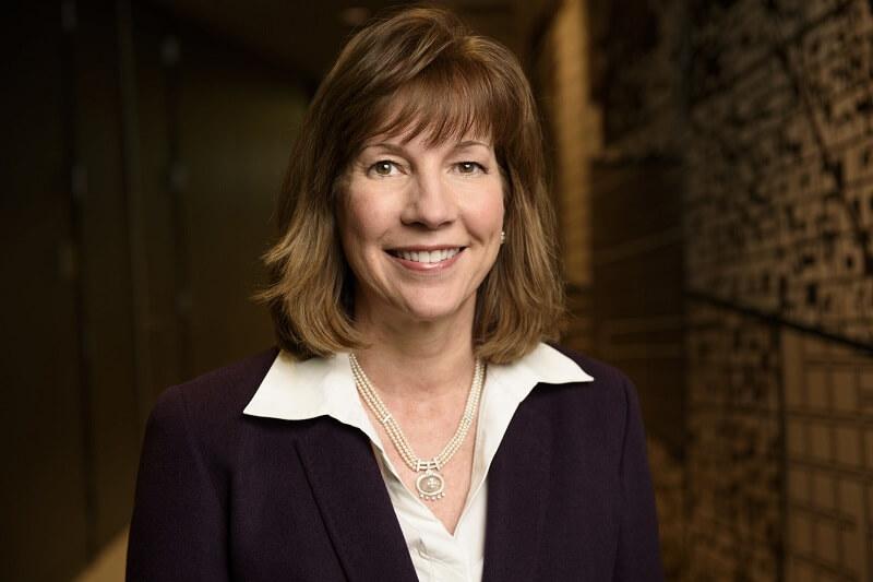 Lynne Doughtie KPMG